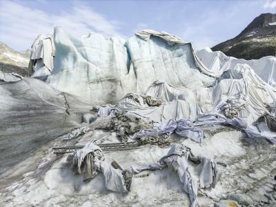 #001 Glaciers, Rhonegletscher, 46°34'48» N 8°23'12'' E , 2015 Jacques Pugin © Jacques Pugin, Collection du Musée de l'Elysée