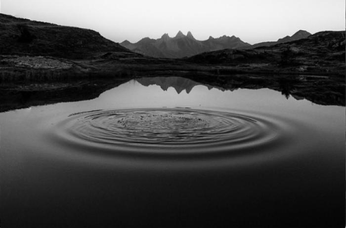 Faire des ronds dans l'eau Laure Boutdeficelle non